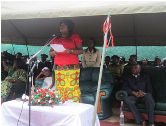 The first lady Dr. Christine Kaseba giving her Speech. Foto: Plan Zambia